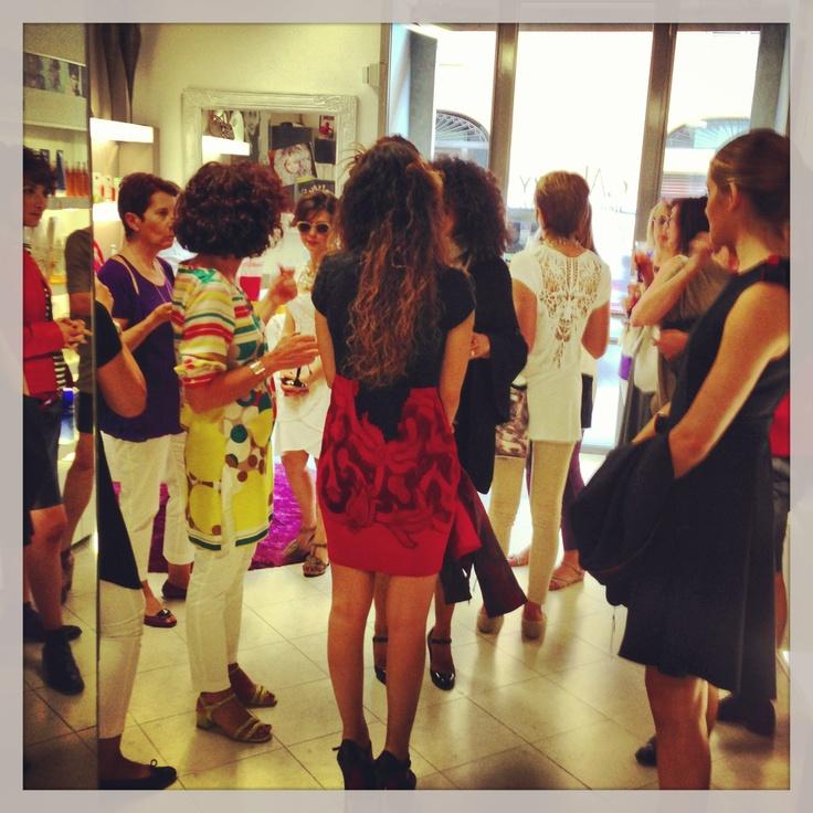 Viaggio andata e ritorno per il 2014. Presentazione delle  idee moda, makeup e capelli per il 2014 | Le nostre ospiti