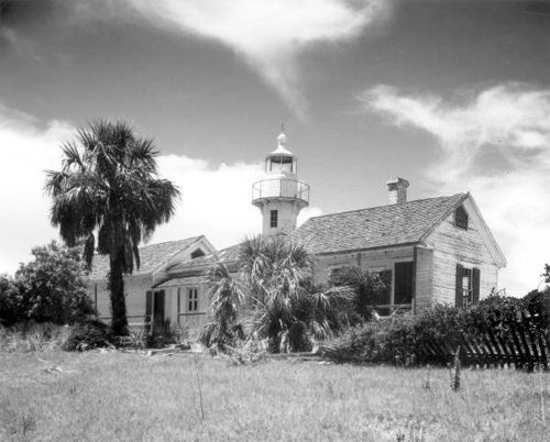 https://flic.kr/p/H9Zp46 | Cedar Keys Light Station on Seahorse Key | Persistent URL: www.floridamemory.com/items/show/42326   Local call number: RC21213   Title: Cedar Keys Light Station on Seahorse Key ca. 1940June 1, 1921   Physical descrip: 1 photoprint - b&w - 8 x 10 in.   Series Title: Reference Collection   Repository:  State  Library and Archives of Florida, 500 S. Bronough St., Tallahassee, FL  32399-0250 USA. Contact: 850.245.6700. Archives@dos.myflorida.com