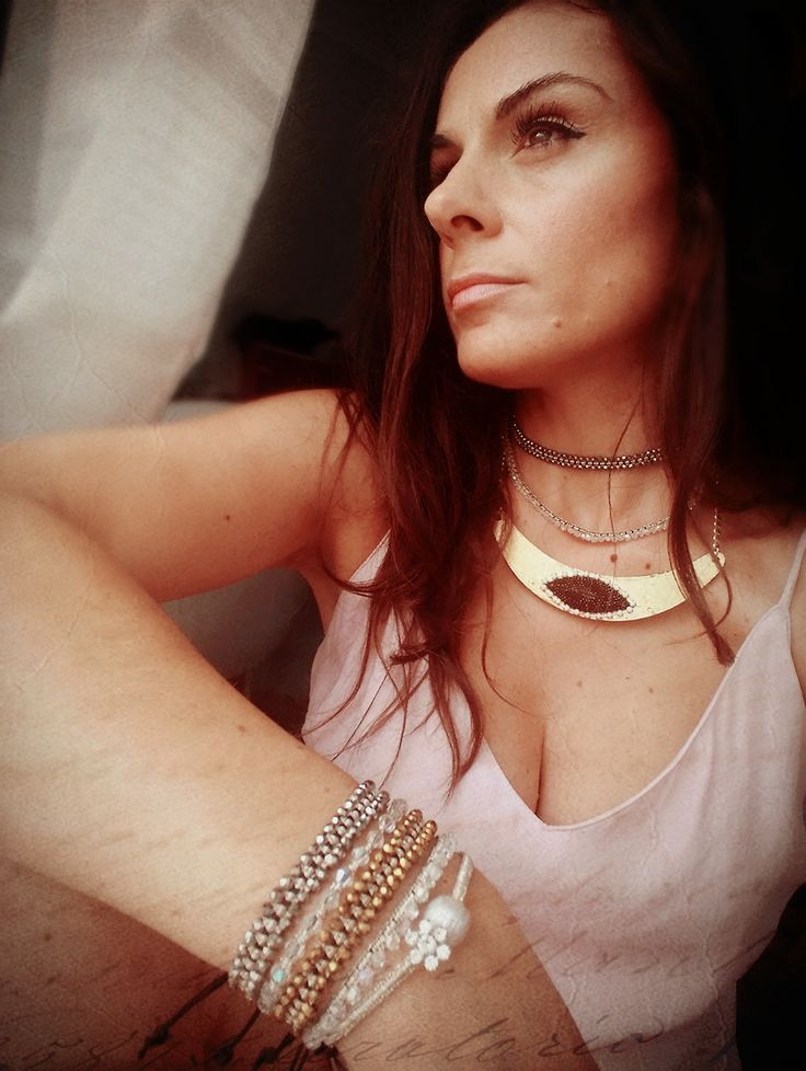 #choker #gold #goldnecklace #eye #slipdress #nude
