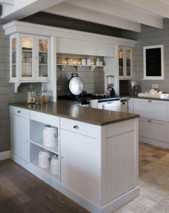 u-shape kitchen.