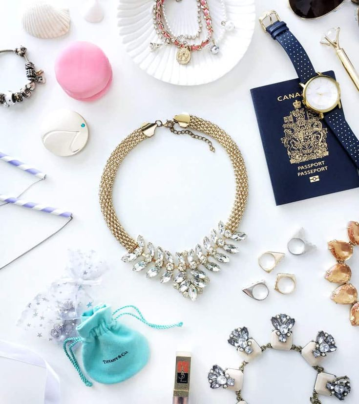 When packing jewelry for travel, it's important to pack them the right way so they don't get damaged or lost. Keep reading for easy jewelry packing tips...