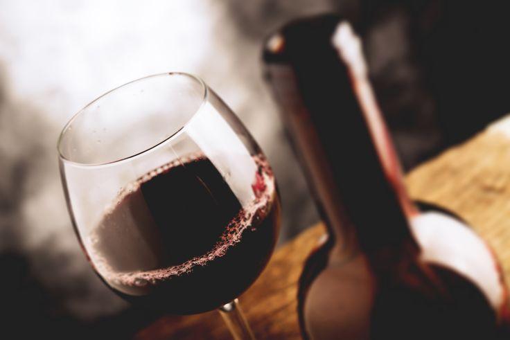 Näin maksimoit hyötysi tilatessasi viiniä ravintolassa