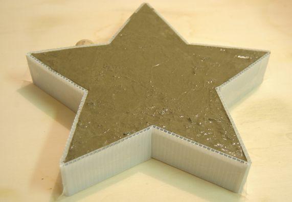 die besten 25 basteln mit gips ideen auf pinterest diy kerzenhalter beton licht und arbeit. Black Bedroom Furniture Sets. Home Design Ideas