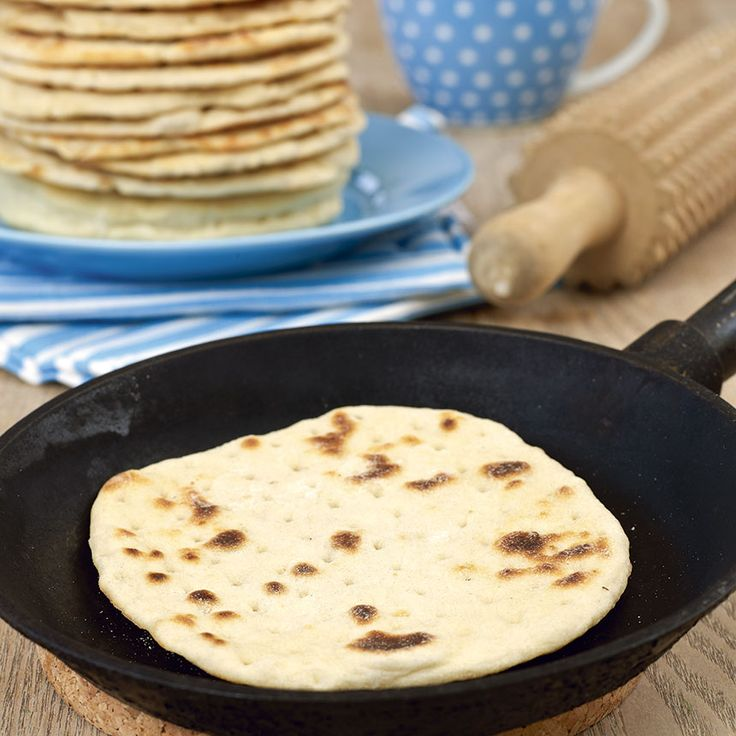 Stekpannebröd som inte behöver jäsa. Swedish recipe for flatbread that doesn't need yeast