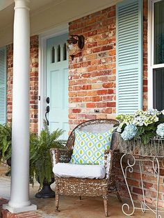 You only need $10 to add any of these cute DIY ideas to your front lawn or porch and instantly boost your curb appeal. DIY a plain door mat, paint your front door, add colorful furniture or find a flea market rocking chair to add instant charm.