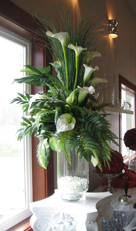 cylinder vase arrangements | Flower Arrangement in Tall Floor Vase. how can i arrange silk