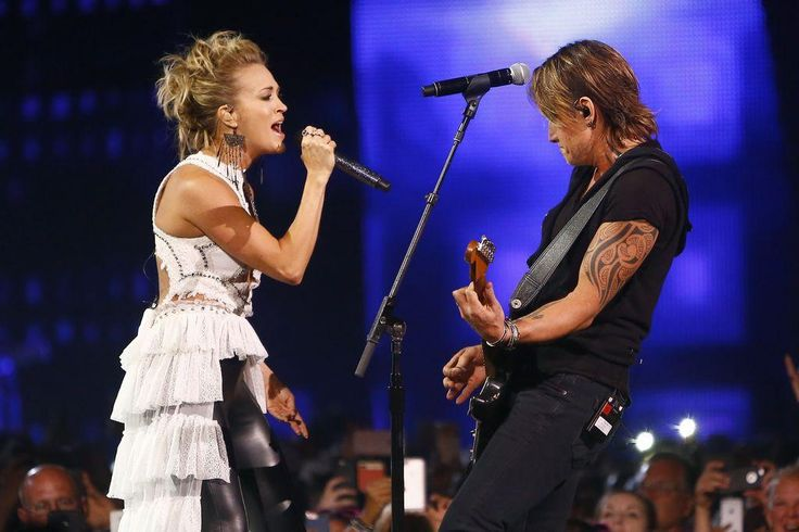 After walking away empty-handed at the Grammy Awards and the Academy of Country Music Awards earlier this year, Keith Urban found redemption at the 2017