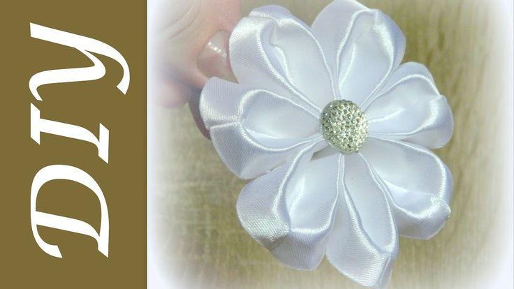Очень легкий цветок канзаши