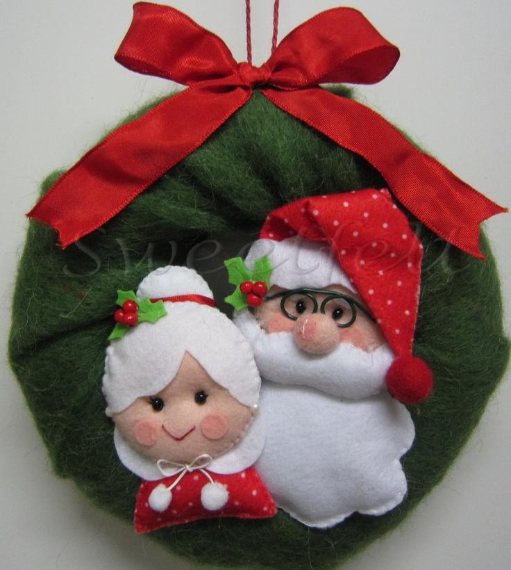 Corona di Natale e Mamma Natale Pére