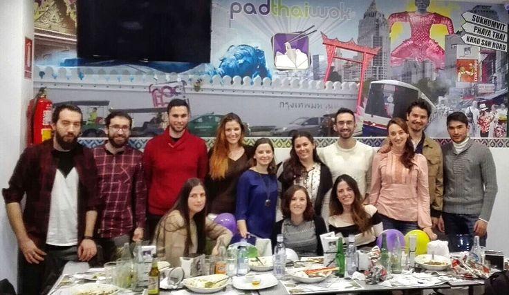 Este finde hemos rematado con la celebración de un cumple, un grupo de amigos que saben lo que es el Noodles & Friends!!