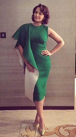 Sonakshi Sinha in Gauri and Nainika http://www.vogue.in/content/best-dressed-week-188#9