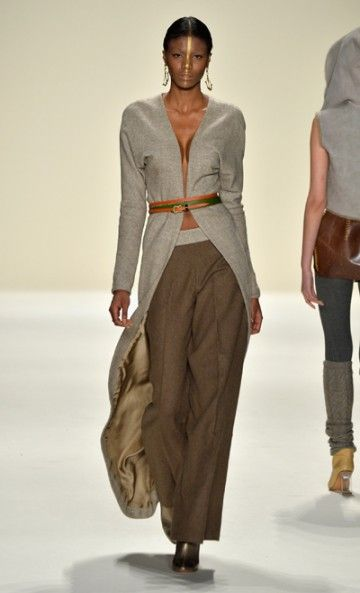 Mercedes-Benz Fashion Week : Fall 2014 Katya Zol