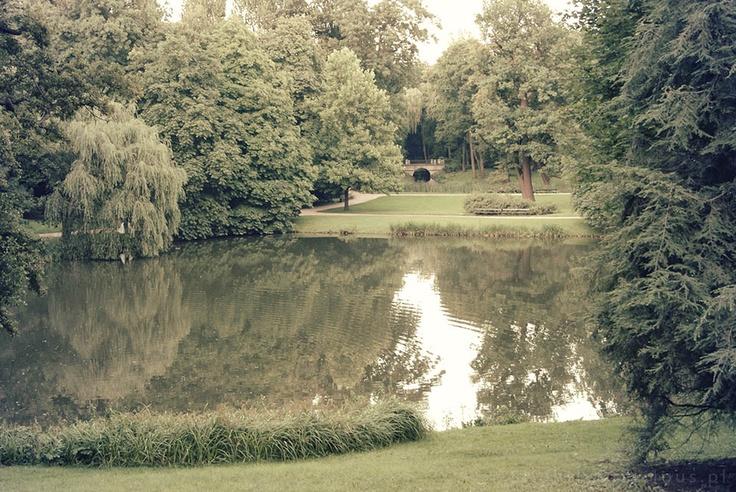 #Warszawa, Łazienki Królewskie - to park w stylu angielskim, doskonały, jeśli chcemy na chwilę odetchnąć od zgiełku miasta... :)  #SlightlyDelicious