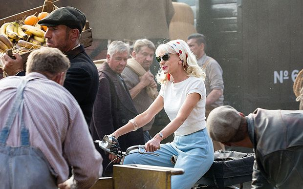 Nurse Trixie Franklin (HELEN GEORGE) | Call the Midwife S5 E1
