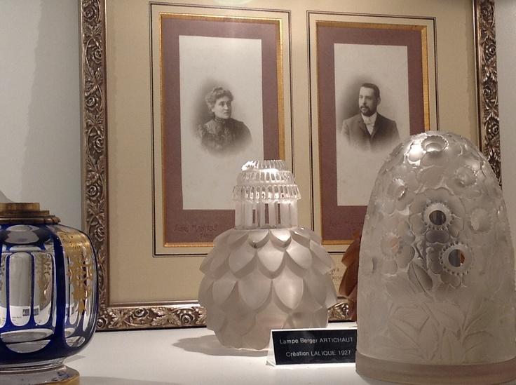 Lampe Bouton d'Or - 1928  Lampe Artichaud - 1927  Des créations Lalique