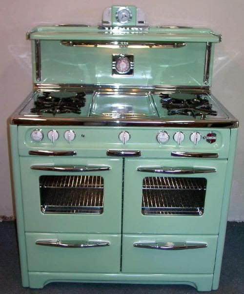 Should I get a new stove or restore my wedgewood in the same green as the cabinets?