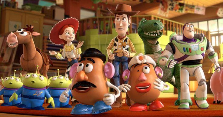 """Así como lo leyeron, esta es la película de Toy Story totalmente re-creada con muñecos reales y personas reales. Dos adolescentes de 17 y 18 años respectivamente, decidieron hacer su proyecto algo real y tardaron 2 años en poder recrear toda la película hasta quedar satisfechos. Lo nombraron """"Proyecto TS"""" y fue creado por Jonason Pauley, (entonces 17), y Jesse Perrotta (18). Las grabaciones empezaron en junio del 2010 y terminaron en el 2012. Y puso atención a cada detalle, desde la…"""