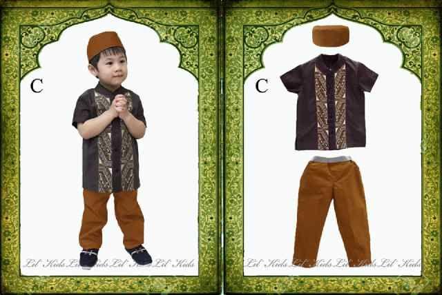 Setelan muslim baju koko anak laki laki Coklat lengan pendek+ Peci - http://keikidscorner.com/baju-anak-laki-laki/baju-setelan/setelan-muslim-baju-koko-anak-laki-laki-coklat-lengan-pendek-peci.html