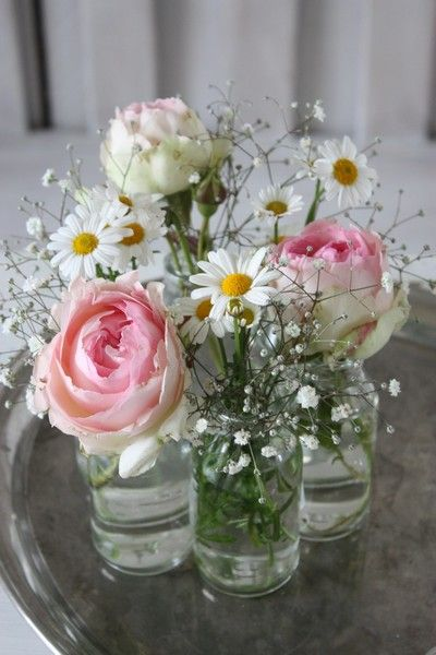 I love the sweet and simple jars. Maybe mix that with some paper flowers?