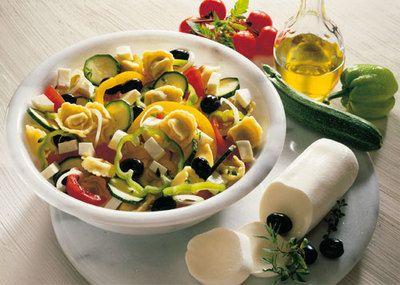Unique Antipasti Rezept Tortellinisalat mit Mozzarella