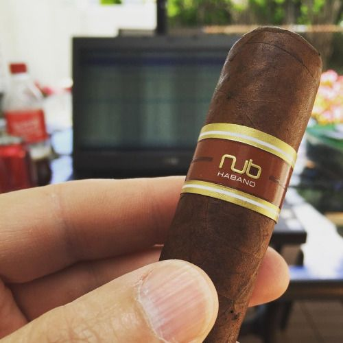 Break time! @olivacigar #nubcigars #nubmaduro #CigarsForTheWin...