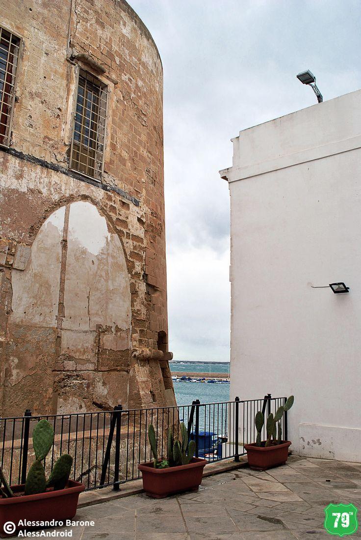 Scuarcio dal Castello aragonese #Gallipoli #Salento #Puglia #Italia #Italy #Viaggiare #Travel #AlwaysOnTheRoad #Holiday #Sea #Mare #Sun #Sole #Vacanze #Beach #Spiagge