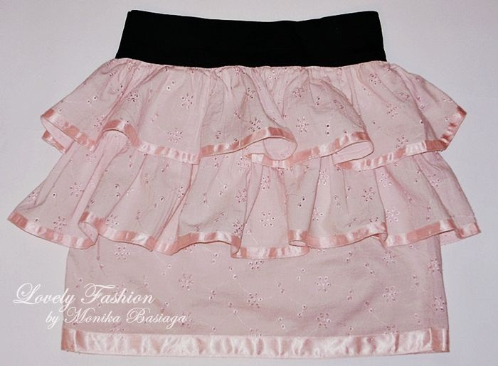 My first project - skirt with frills