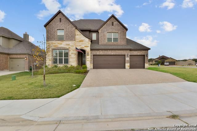 2719 Crest Ridge Dr, New Braunfels, TX 78132 - Home For Sale and Real Estate Listing - realtor.com®