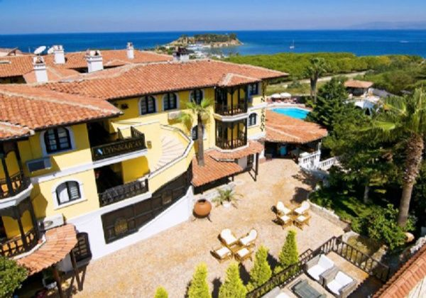 Alice Altınsaray, Alice Altınsaray Hotel veya Alice Altınsaray Otel olarak bilinen otele ait bilgiler ve tüm Kuşadası Otelleri Alsero Turda.