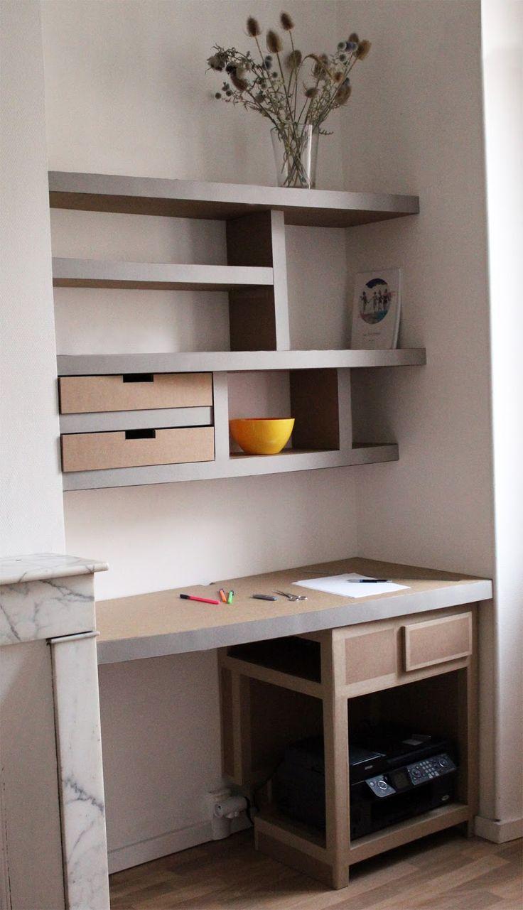 bureau en carton sur-mesure + étagères et tiroirs.c'est la rentrée, on range, on tri, on fait place net. bureau enfant, étagère, dressing, meuble télé en carton fabriqué à Marseille par juliadesign