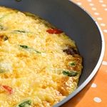 What's for breakfast? How about this   Ham and Swiss Cheese Frittata. A great way to use your leftover ham from Easter! Only 3.5g net carbs.