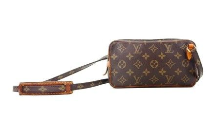 """designer: louis vuitton model: marly bandouliere material: monogram canvas, leather dimensions: 8.75"""" x 5"""" made in: france date code: 861"""