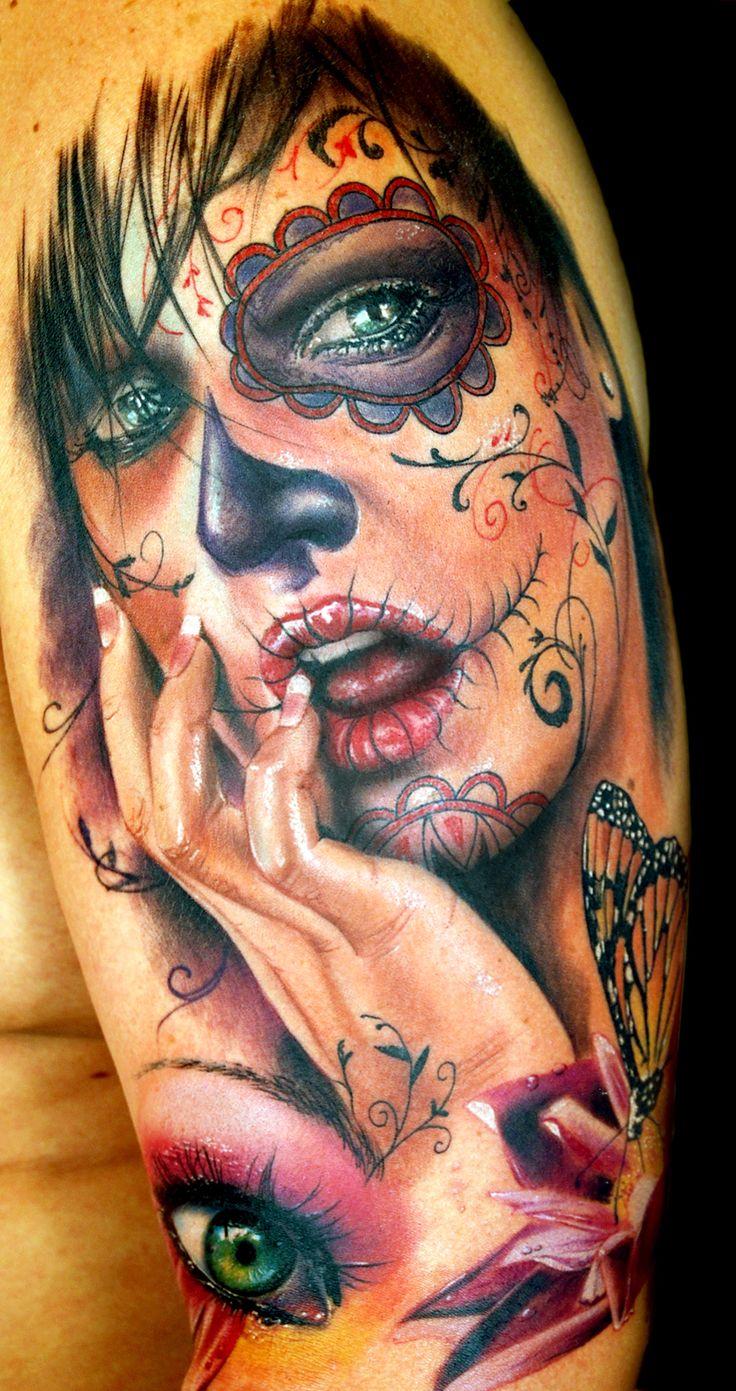 Sugar Skull Tattoo. Artist: Alex de Pase