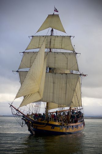 Hawaiian Chieftain under full sail. #travel #tallships #sailing http://historicalseaport.org/