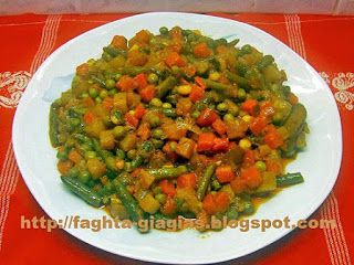 Ανάμεικτα λαχανικά κοκκινιστά