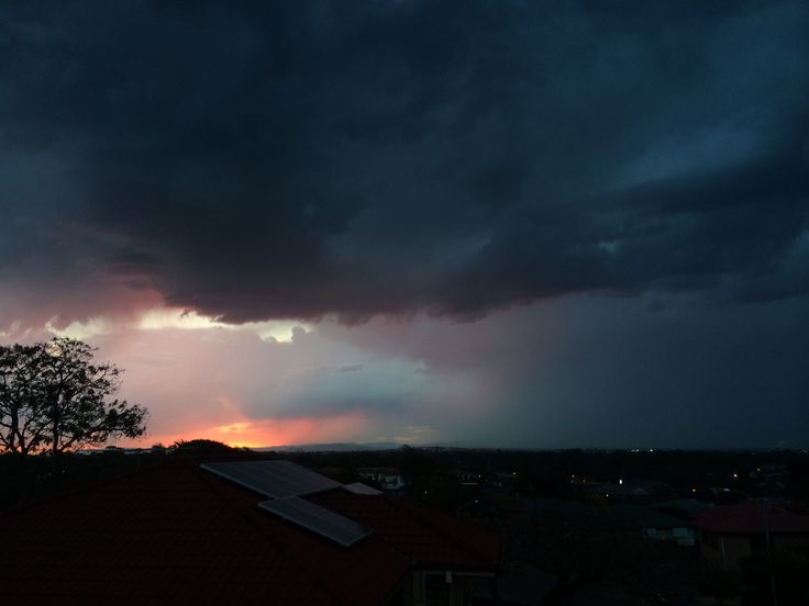Sunset in Wynnum West just before a spot of rain.  Derek W Veitch