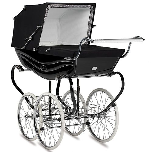 Silver Cross Balmoral Pram in Black from PoshTots #RoyalBaby