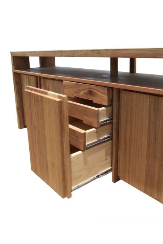 The Umhlanga sideboard has four well disguised centre drawers. The clean line front gives nothing away!