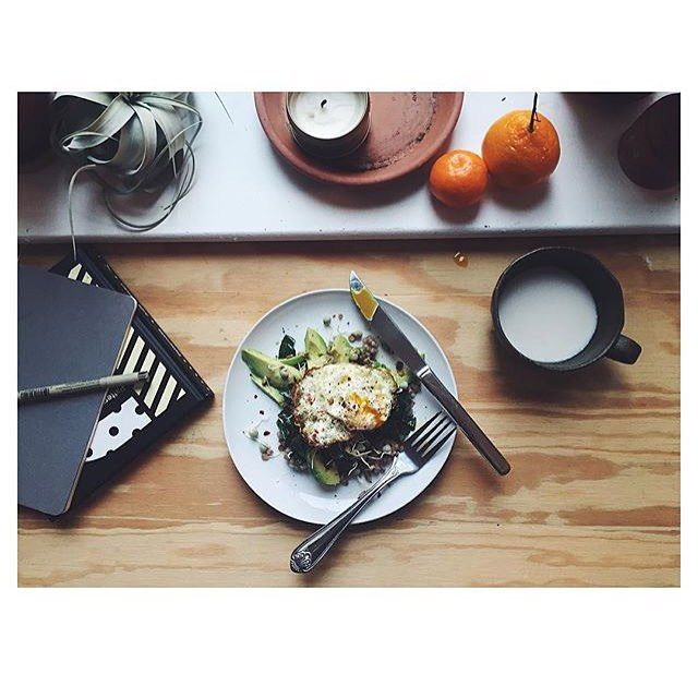 Back away from the granola bar: @alasully always takes a moment to enjoy a real breakfast before starting her day (avocado included!). by bonappetitmag #haxenhaus #people #food
