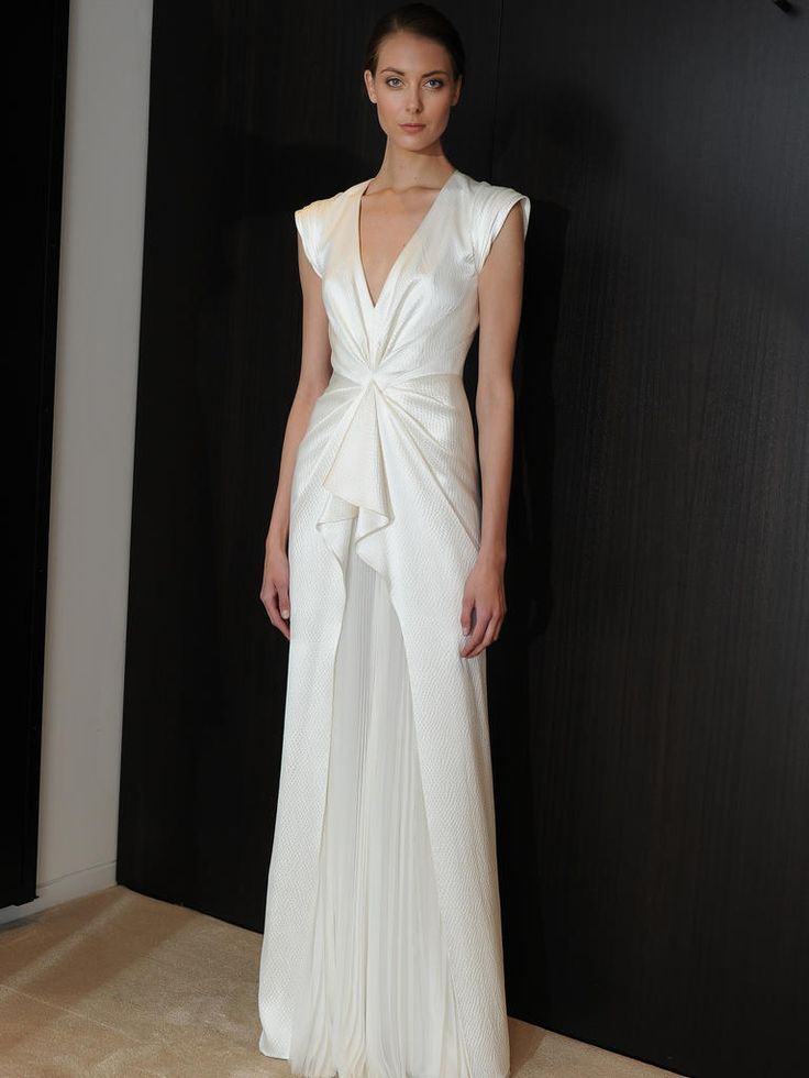 J mendel 39 s wedding dresses 2015 feature sleek and for J mendel wedding dress