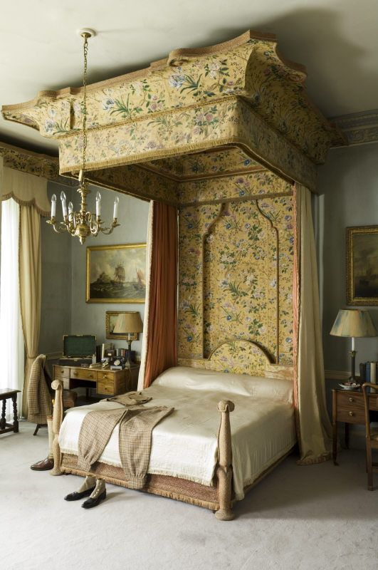 ♜ Shabby Castle Chic ♜  rich and gorgeous home decor - state bed at Plas Newydd with its flying tester.