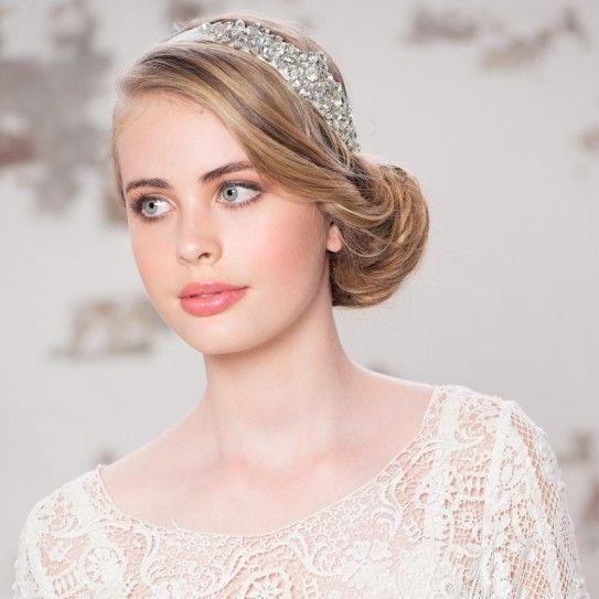 Headband Dentelle Ivoire bijoux de tête détails fleurs - Coiffure Mariée - Chignon Mariage -