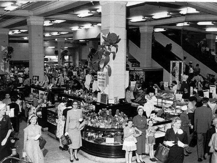 The ground floor of David Jones Elizabeth Street store in Sydney in 1960.