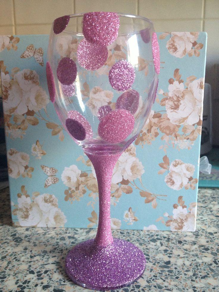 Spotty wine glitter glass. Lilac and Light Pink.