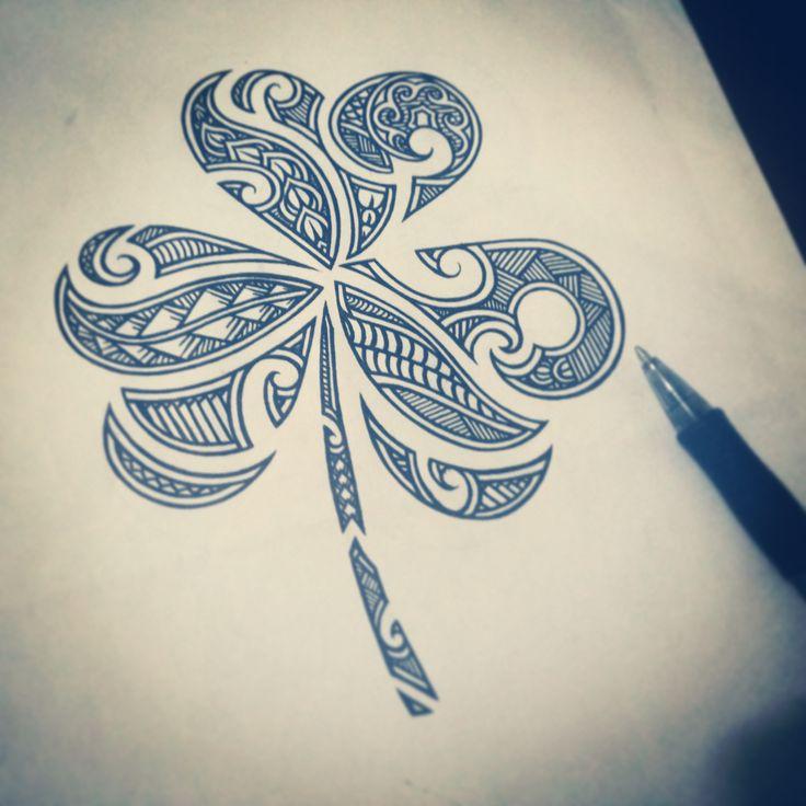Trevo - Maori • Três folhas? Porquê não quatro? Somente para ser diferente. Você é quem define sua sorte, e não um mero simbolismo.