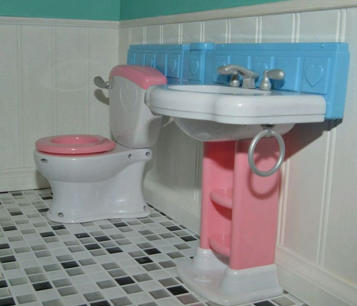 Sink   Toilet set used for American Girl any 18  Doll Dollhouse Bathroom  Tub. 79 best American Girl Doll Bathroom images on Pinterest   American