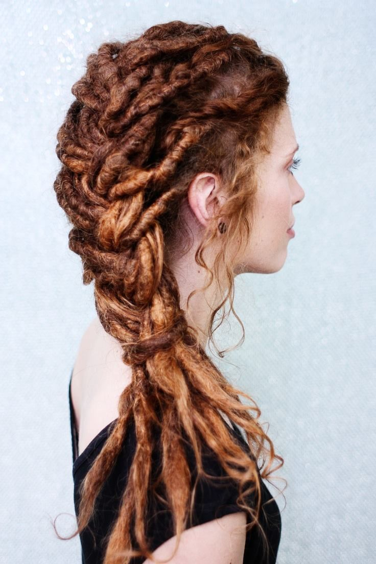 I'm not sure why this is so cool, but it's really really cool. Redhead pride! Kind of reminds me of the white witches hairdo from Narnia (not an insult - she's one of the coolest characters ever).