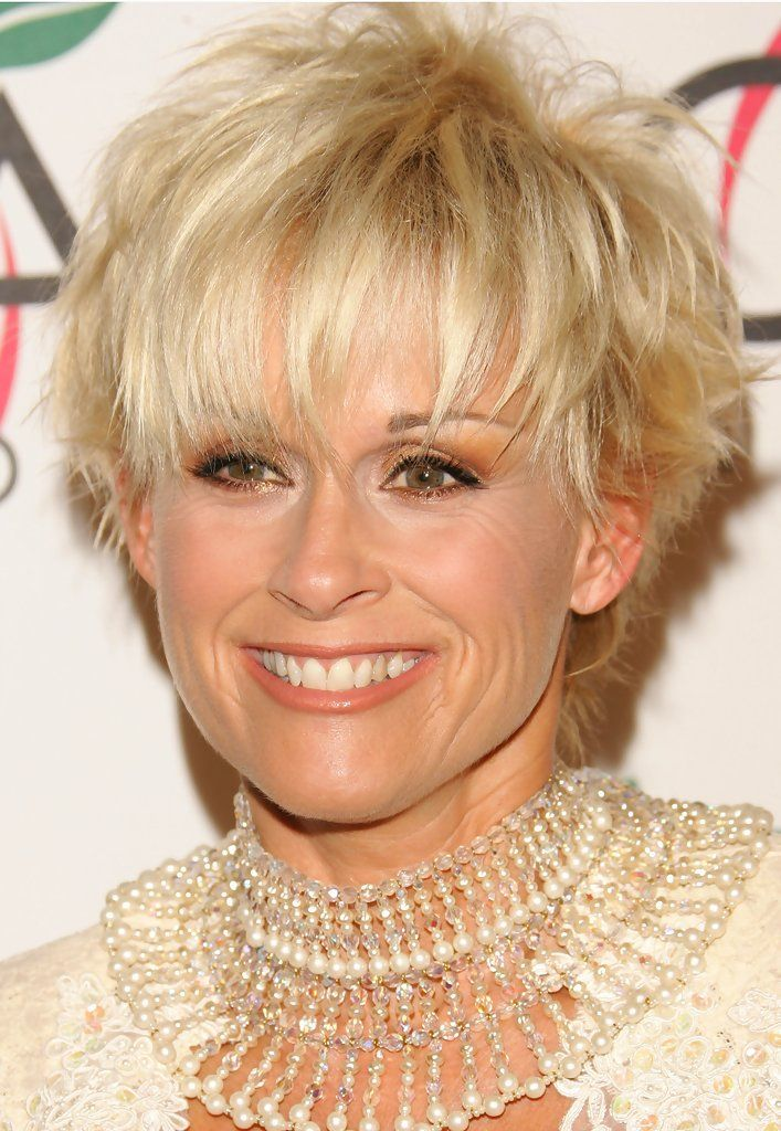 Lorrie Morgan - The 39th Annual Country Music Association Awards - Arrivals