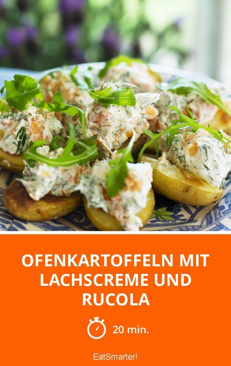 Ofenkartoffeln mit Lachscreme und Rucola