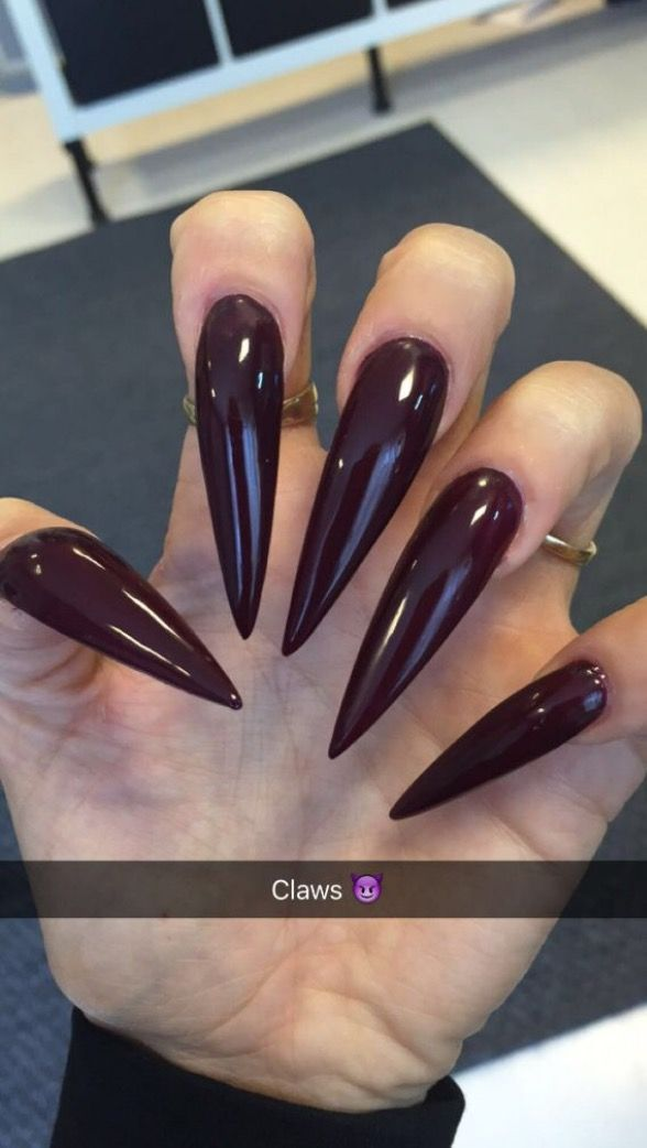 Pin By Regina On Nails Pinterest Stiletto And Long Pointed Acrylic Almond Sharp Nailsstock Long Acrylic Nails Long Nails Beautiful Nails